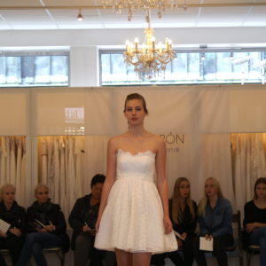 KONFIRMATIONSKJOLER-2019-CATWALK-14-1