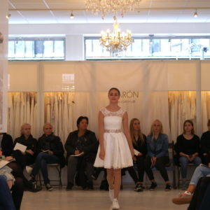 KONFIRMATIONSKJOLER-2019-CATWALK-9-3