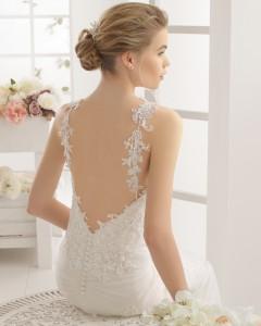 Til dig der elsker en dyb ryg til din brudekjole.