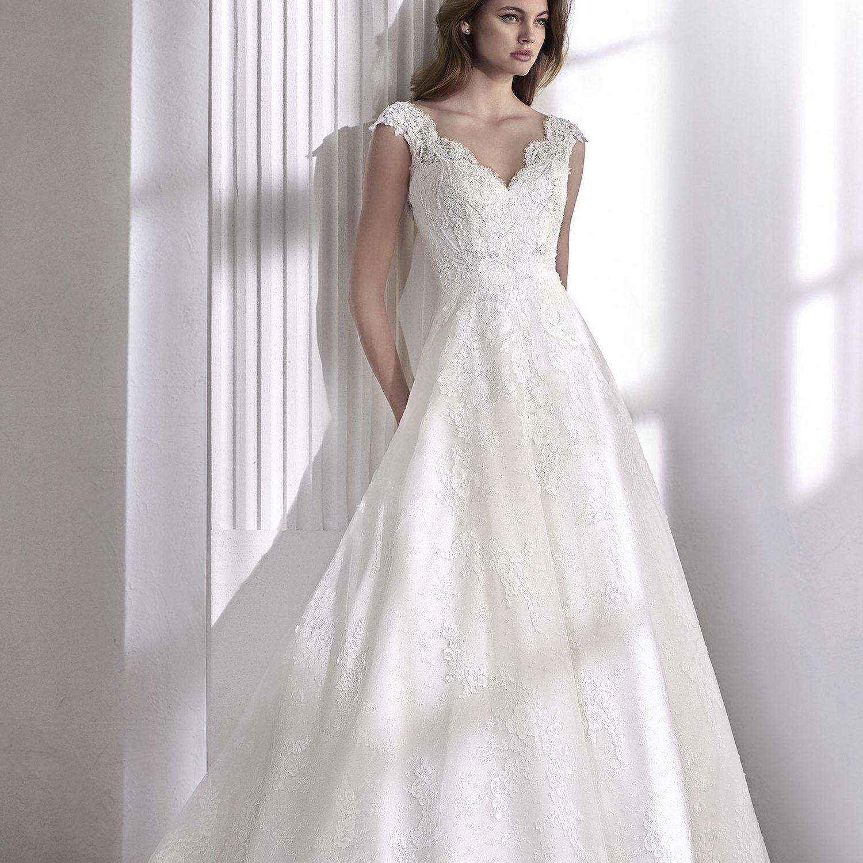 b0fda6931603 Loreto - Copenhagen Bridal